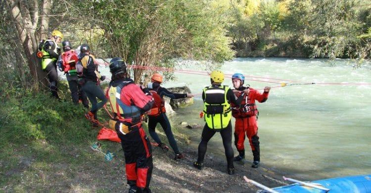 R3-France-formation-securite-eau-vive-rescue3-wrt-pro-savoie-france-12-750x390
