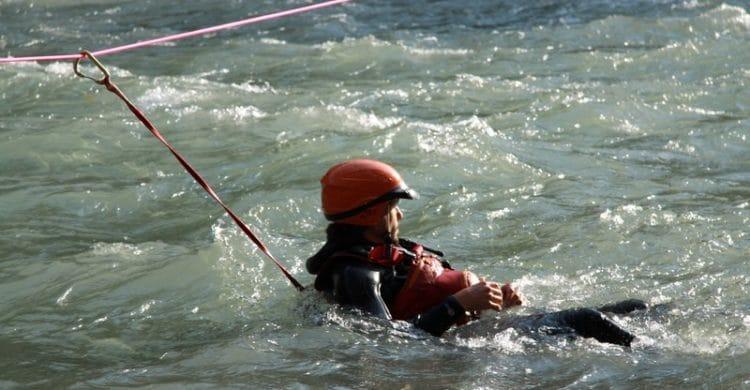R3-France-formation-securite-eau-vive-rescue3-wrt-pro-savoie-france-14-750x390