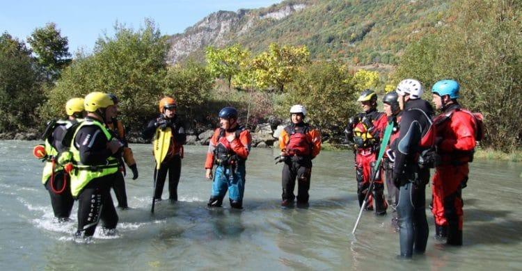 R3-France-formation-securite-eau-vive-rescue3-wrt-pro-savoie-france-3-750x390