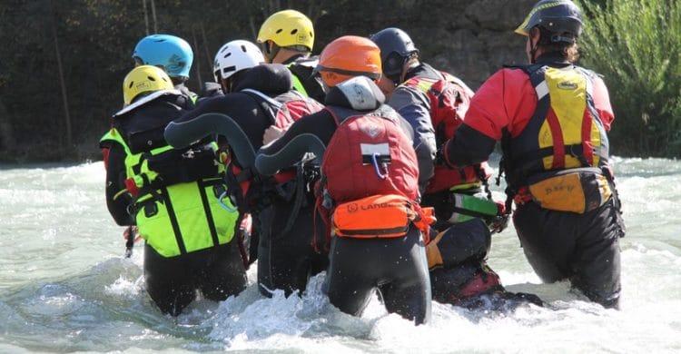R3-France-formation-securite-eau-vive-rescue3-wrt-pro-savoie-france-5-750x390