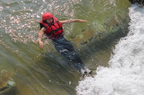 Formation-Rescue3-LJCU-prevention-risques-aquatiques-EPI (1)
