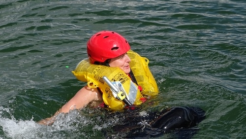 Formation-Rescue3-LJCU-prevention-risques-aquatiques-EPI (3)