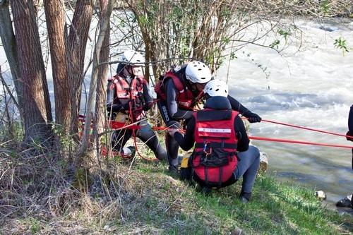 Formation-Rescue3-SFR-premier-assistant-eau-vive-et-inondation (4)