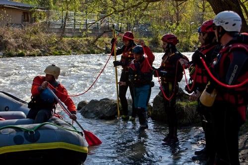 Formation-Rescue3-SPBH-conduite-embarcation-a-la-pagaie