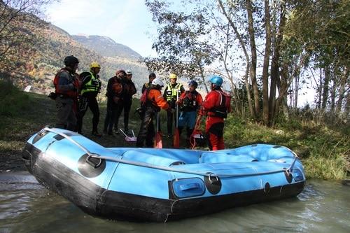 Formation-Rescue3-SPBH-sauvetage-conduite-bateau-a-la-pagaie (4)