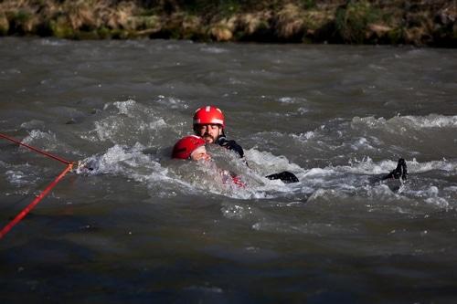 Formation-Rescue3-SRTA-W-Technicien-Sauveteur-Eau-vive-inondation-perfectionnement-eau-vive (4)