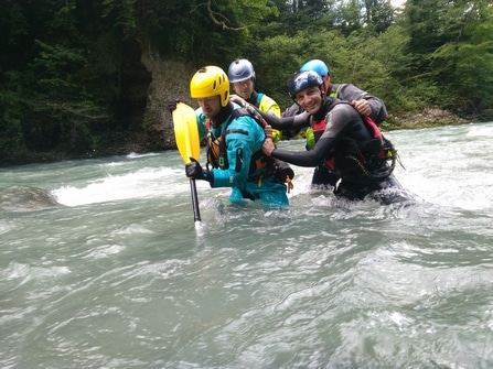 Formation-Rescue3-WRT-F-Technicien-Sauveteur-eau-vive-connaissances-de-base (1)