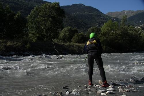 Formation-Rescue3-WRT-F-Technicien-Sauveteur-eau-vive-connaissances-de-base (5)