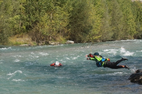 Formation Rescue3-WRT-Rec-Technicien-sauveteur-eau-vive-canoe-kayak-hydrospeed (3)